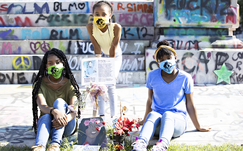 Girls4aChange_Empowering__KimBrundagePhoto_090220_917